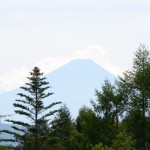 敷地北側から富士山の眺望。(望遠レンズ使用。