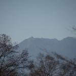 敷地から鳳凰三山の眺望。(望遠レンズ使用)