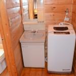 洗面・洗濯機置き場。