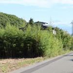 物件西側公道より南方向を撮影。富士山の眺望あり。
