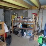 建物基礎部分の収納スペース。約12畳大。