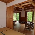 和室6畳からリビング方向を撮影。