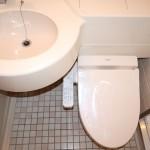 洗面・トイレ(2020年11月に新品ウォシュレットと取替済)